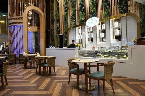 NaRaYa Tea Roomの店内の雰囲気