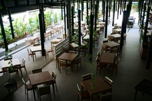 ディーバナプラザクラビアオナンのレストラン