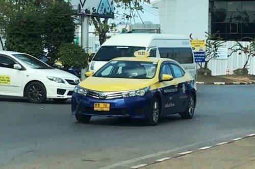 クラビのタクシー