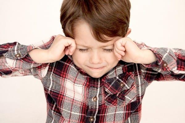 子供の瞼の突然の腫れやかゆみ!原因や対処方法!受診は何科?