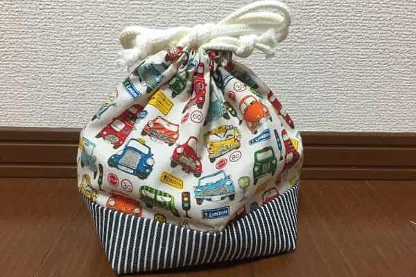 お弁当袋の作り方。幼稚園の入園準備に簡単でおしゃれな巾着タイプ!