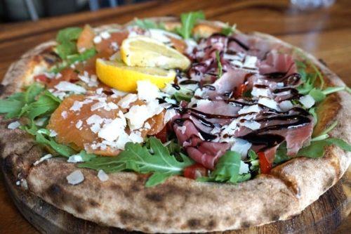 Delices de Capoueのピザ